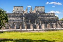 Tempel av krigarna i det Chichen Itza komplexet, Yucatan, Mexico Arkivbild