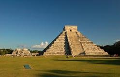 Tempel av Kukulkan/Chichen Itza, Mexico Arkivfoton