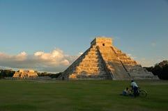Tempel av Kukulkan/Chichen Itza, Mexico Royaltyfria Foton