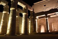 Tempel av Luxor på natten Fotografering för Bildbyråer