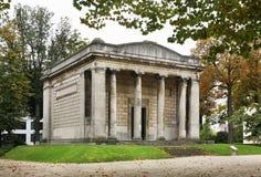"""Tempel av mänskliga passioner i Parc du Cinquantenaire †""""Jubelpark bryska _ Arkivbild"""