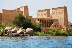 Tempel av Philae på Aswan, Egypten Royaltyfri Bild
