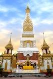 Tempel av Phra, som Phanom Stupa, den viktiga Theravada buddisten strukturerar i regionen in i det Nakhon Phanom landskapet, Thai Royaltyfria Foton