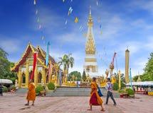 Tempel av Phra, som Phanom Stupa, den viktiga Theravada buddisten strukturerar i regionen in i det Nakhon Phanom landskapet, Thai Arkivfoto