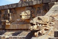 Tempel av quetzalcoatldroppen som är teotihuacan Royaltyfria Foton