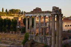 Tempel av Saturn i Rome Royaltyfri Fotografi