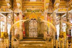 Tempel av tanden i Kandy Sri Lanka arkivbilder