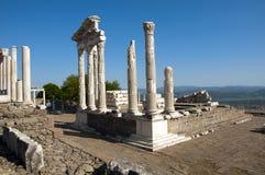 Tempel av Trajan på Pergamos Arkivbilder
