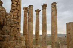 Tempel av Zeus, Jerash Royaltyfria Bilder