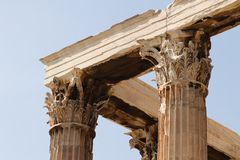 Tempel av Zeusolympier i Athens Arkivbild