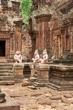 Tempel Banteay Srei in Angkor Stock Photos