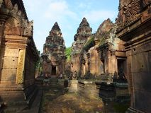 Tempel Banteay Srei i Angkor Wat, Cambodja Arkivbild