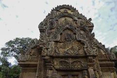 Tempel BANTEAY SREI, weit preisend als ` kostbares Edelstein ` oder das ` Juwel der Khmerkunst ` lizenzfreies stockfoto