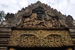 Tempel BANTEAY SREI, weit preisend als ` kostbares Edelstein ` oder das ` Juwel der Khmerkunst ` lizenzfreie stockfotos