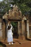 Tempel BANTEAY SREI, weit preisend als ` kostbares Edelstein ` oder das ` Juwel der Khmerkunst ` stockfoto