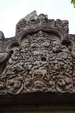 Tempel BANTEAY SREI, weit preisend als ` kostbares Edelstein ` oder das ` Juwel der Khmerkunst ` stockfotografie