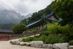 Tempel in de bergen Stock Foto's