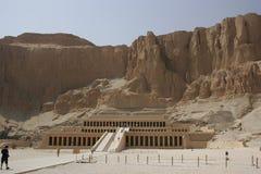 Tempel des Königin hatshepsut stockfotos