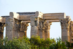 Tempel des olympischen Zeus in Athen Stockbilder