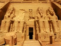 Tempel des Pharaos Ramses II in Abu Simbel, Ägypten Stockfotos