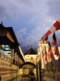 Tempel des Zahnes - sri dalada maligawa Kandy Stockfotos