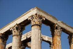 Tempel des Zeus-Olympiers in Athen Lizenzfreie Stockfotos