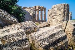 Tempel E på Selinunte i Sicilien och fördärvar Arkivfoton