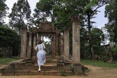 Tempel för BANTEAY SREI, brett lovordas som en dyrbar ädelsten` för ` eller `-juveln av en khmerkonst `, arkivfoto