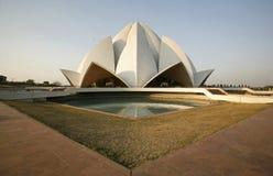 tempel för lotusblomma för delhi aftonlampa Royaltyfri Bild
