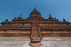 Tempel för Mingala zedipagod i Bagan, Myanmar royaltyfri bild