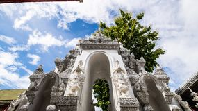 Tempel för San PA Yang Luang i det Lamphun landskapet royaltyfri bild