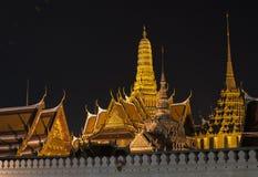 tempel för slott för buddha smaragd storslaget Arkivbilder