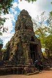 Tempel för Ta Prohm, forntida arkitektur i Cambodja Royaltyfri Fotografi