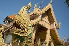 TEMPEL FÖR THAILAND LAMPANG WAT CHEDI SAOLANG Royaltyfri Foto