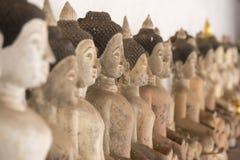 TEMPEL FÖR THAILAND PHAYAO WAT SI KHOM KHAN Arkivbilder