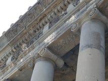 Tempel Garni Armenien Hednisk tempel Övredelen av kolonnerna Arkivbilder
