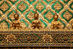 Tempel in groot paleis Bangkok Thailand stock afbeeldingen
