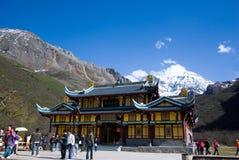 Tempel in Huanglong Stock Fotografie