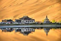 Tempel i öken Arkivbild