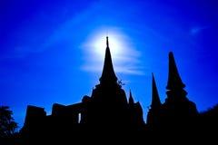 Tempel i aftonen Arkivfoton