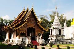 Tempel i Chiang Mai royaltyfria bilder