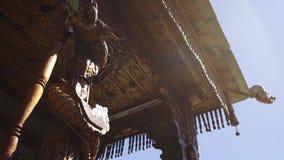 Tempel i den Kalpa byn stock video