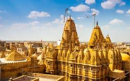 Tempel i det Jaisalmer fortet, Rajasthan, Indien arkivbilder