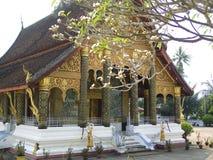 Tempel i Luang Prabang arkivfoton