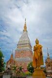 Tempel i Renunakhon Nakhonphanom Thailand royaltyfri foto