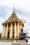 Tempel i thailändskt Royaltyfri Fotografi