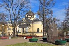 Tempel-kapel van St Andrew in de tuin van Kronstadt in St Pe Royalty-vrije Stock Foto