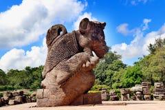 Tempel Konark Sun in Odisha, Indien Alte Ruinenstatue von Tempel Konark Sun lizenzfreies stockfoto