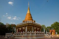 Tempel med blå himmel Fotografering för Bildbyråer