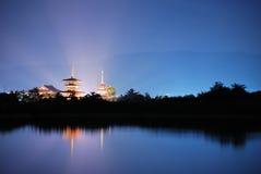 Tempel met het lichte uitstralen stock afbeeldingen